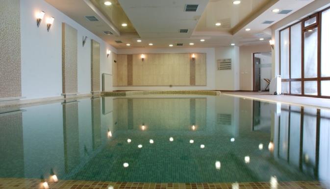adeona-ski-spa-aparthotel-havuz-004