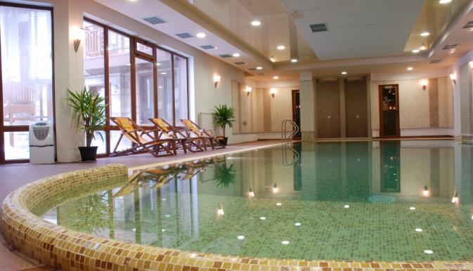 adeona-ski-spa-aparthotel-havuz-005
