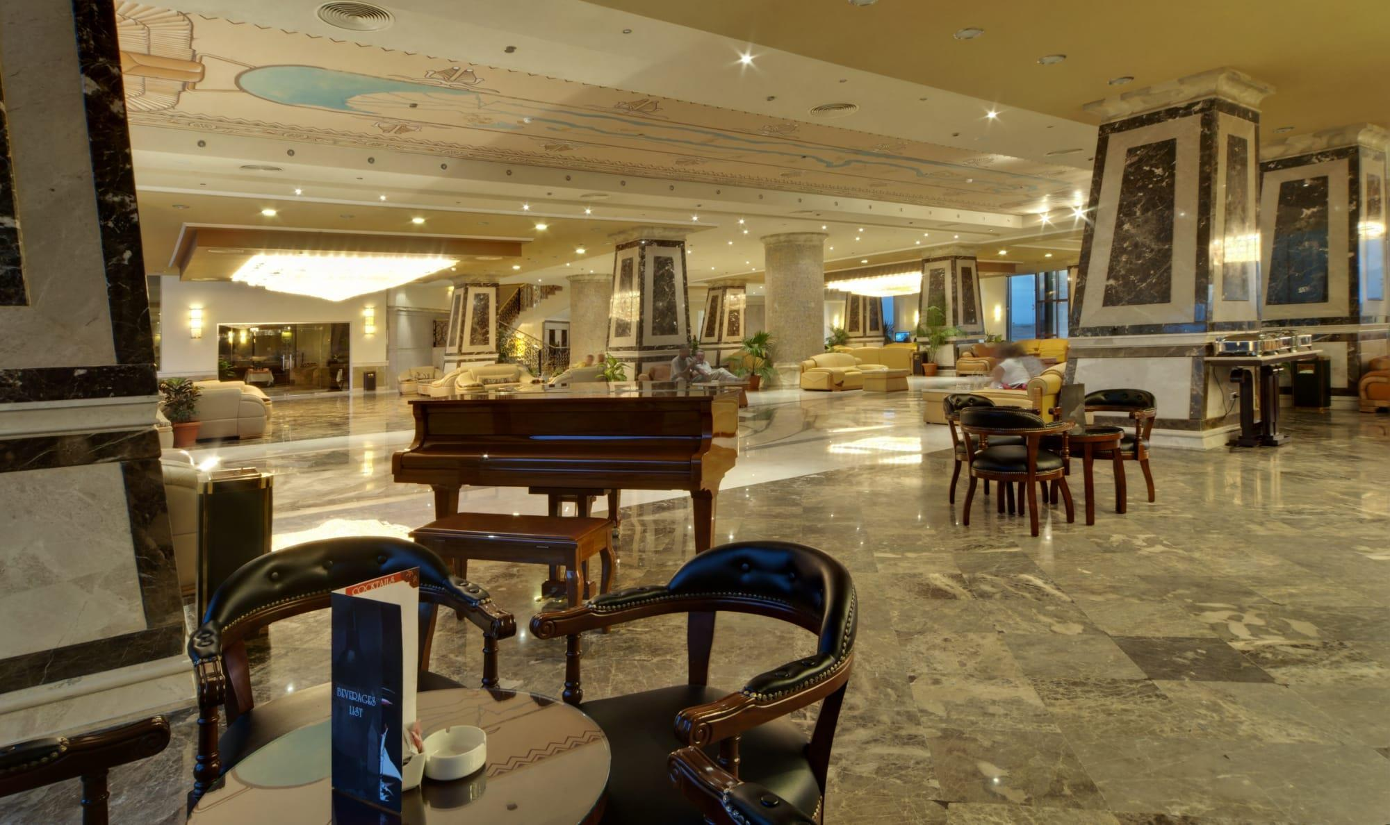 amc-royal-hotel-oda-0012
