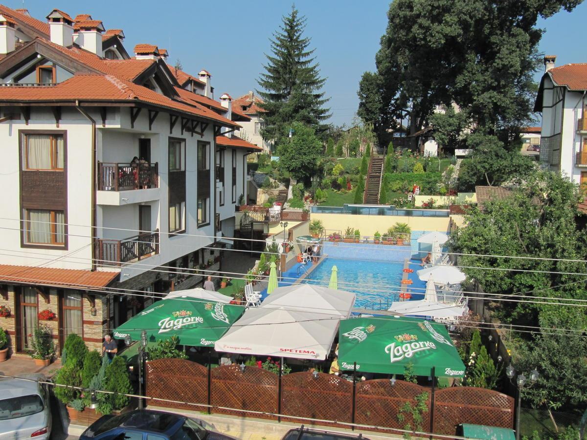 aquilon-residence-spa-havuz-0015