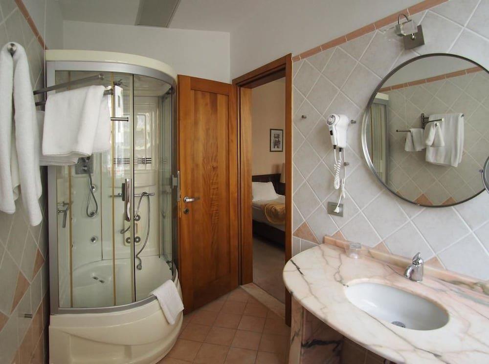 aragosta-hotel-oda-0013