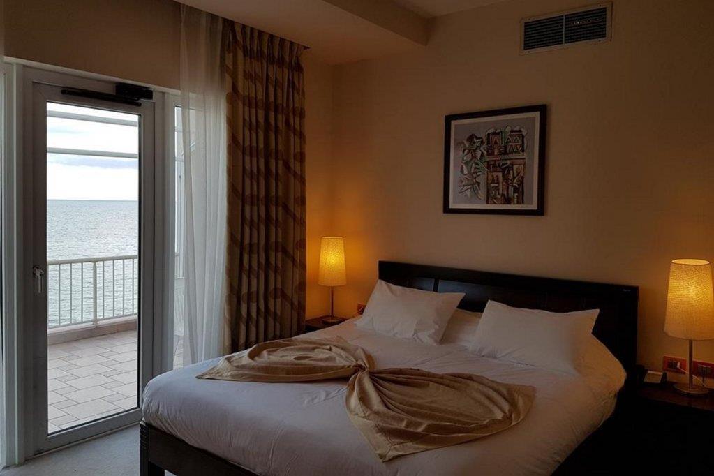 aragosta-hotel-oda-0014