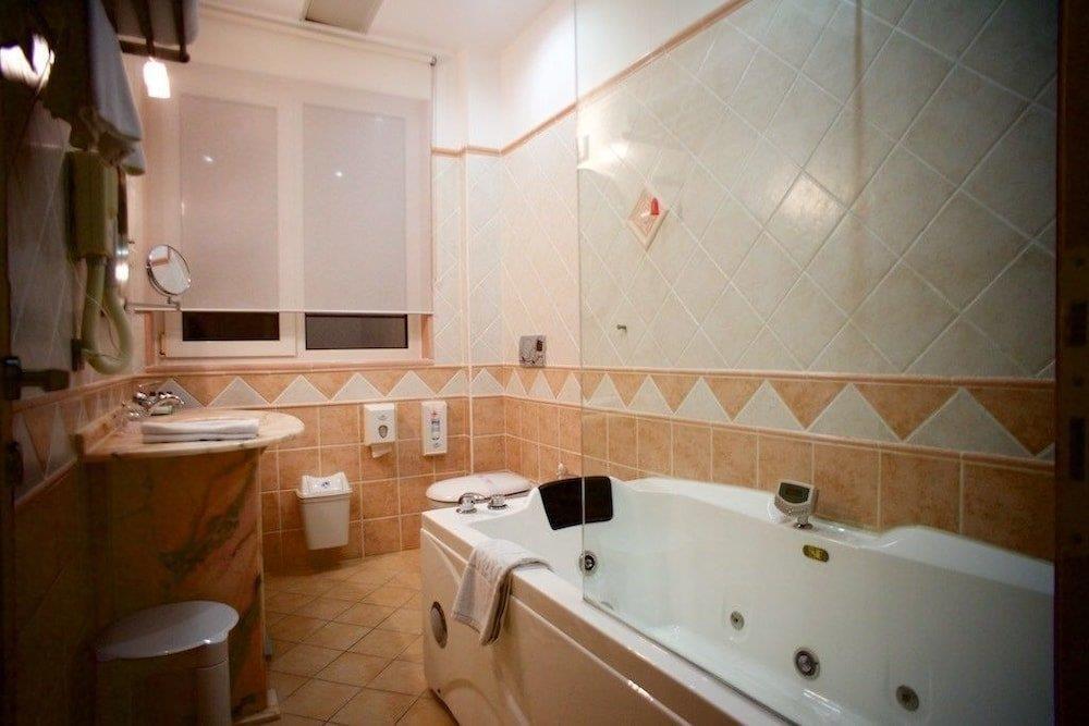 aragosta-hotel-oda-0015