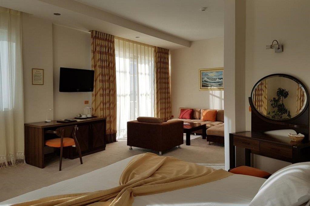 aragosta-hotel-oda-0017