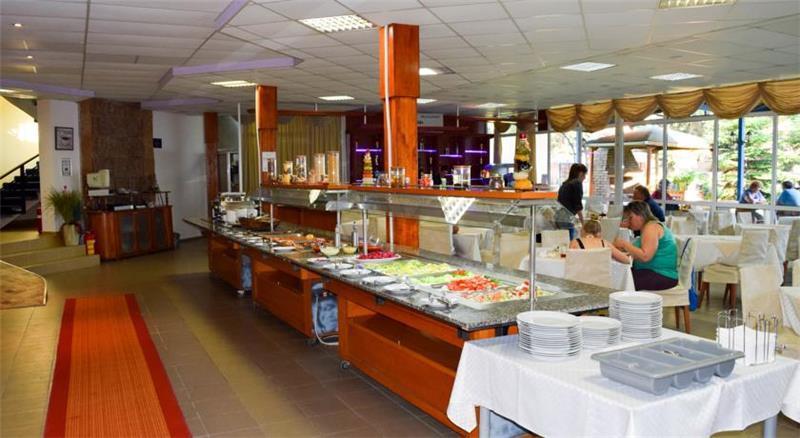 balaton-restoran-0011