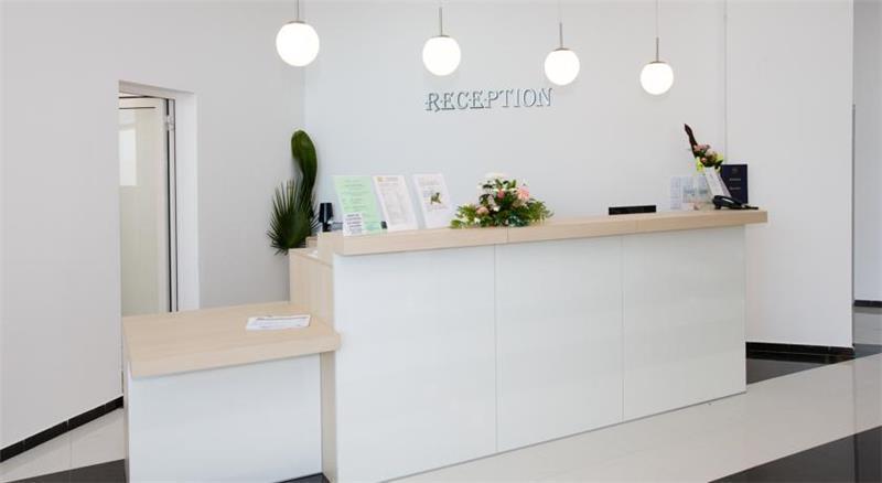 blue-pearl-hotel-resepsiyon-0015