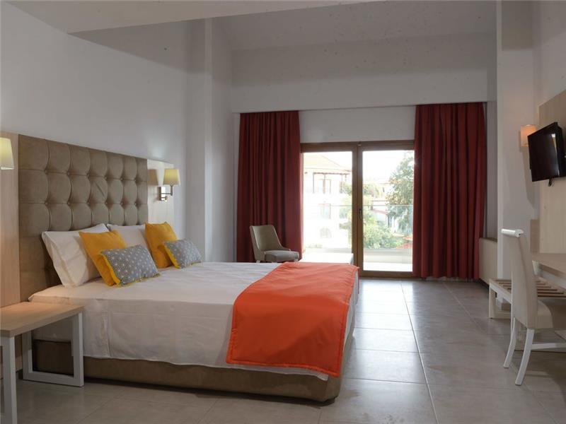 bomo-aristoteles-holiday-resort-spa-oda-005