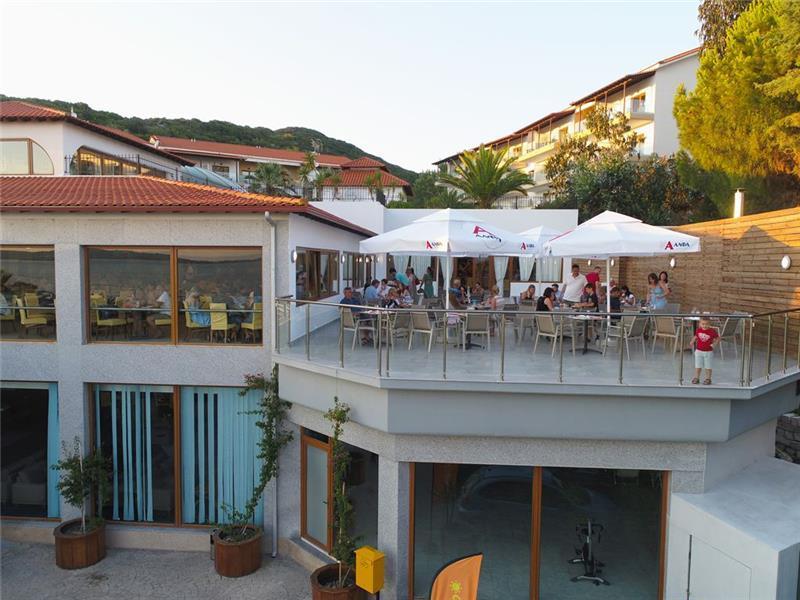 bomo-aristoteles-holiday-resort-spa-restoran-008