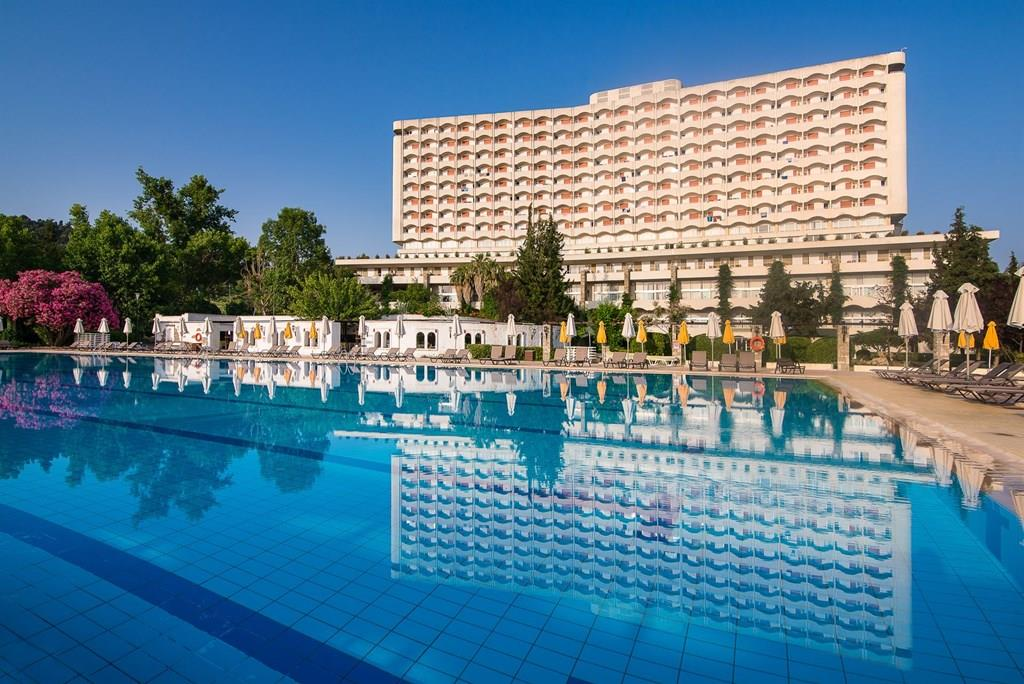 bomo-athos-palace-hotel-havuz-0018