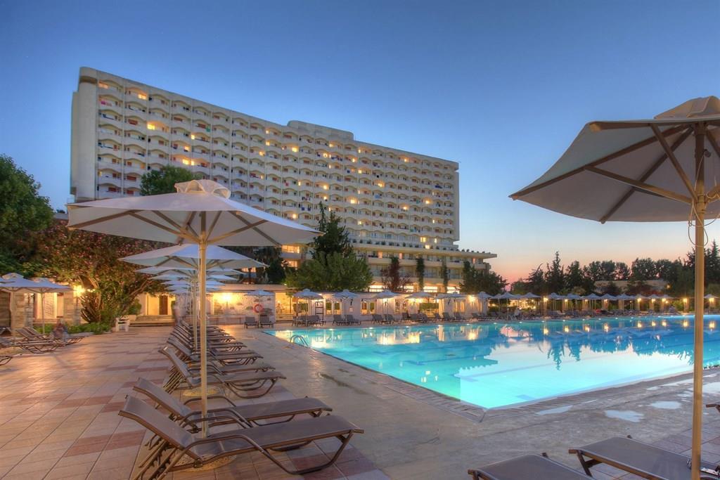 bomo-athos-palace-hotel-havuz-0020