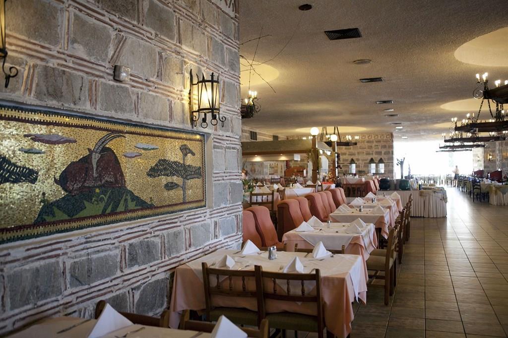 bomo-athos-palace-hotel-restoran-007