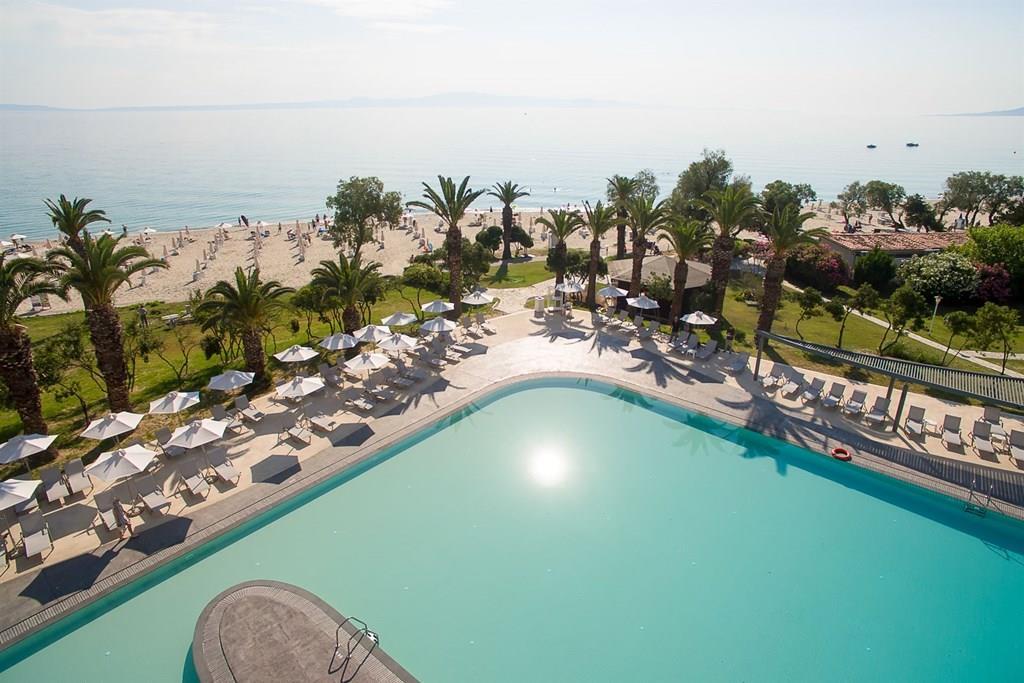 bomo-pallini-beach-hotel-havuz-0021