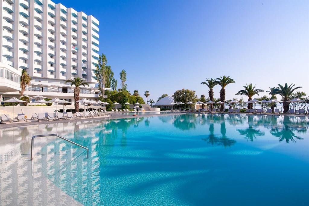 bomo-pallini-beach-hotel-havuz-0023