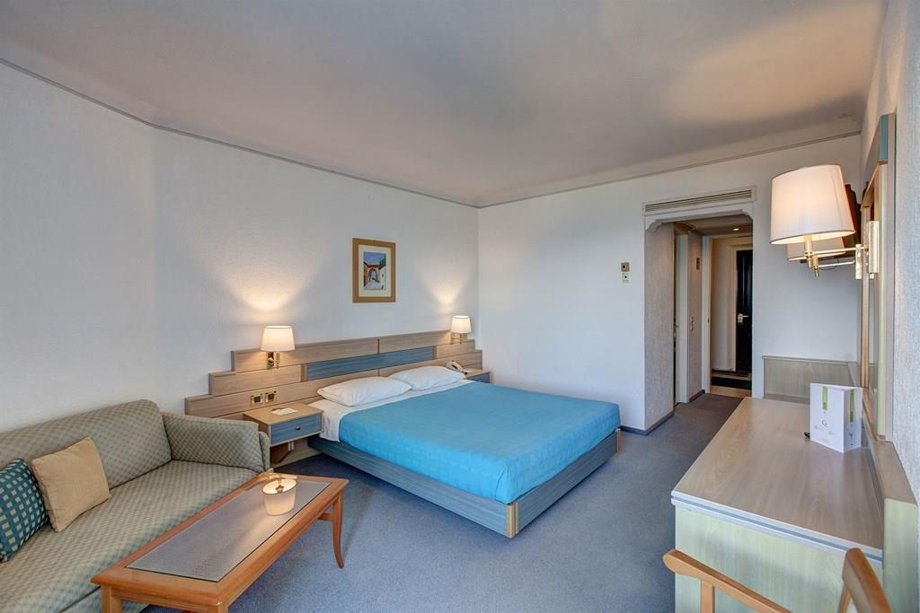 bomo-pallini-beach-hotel-oda-0010
