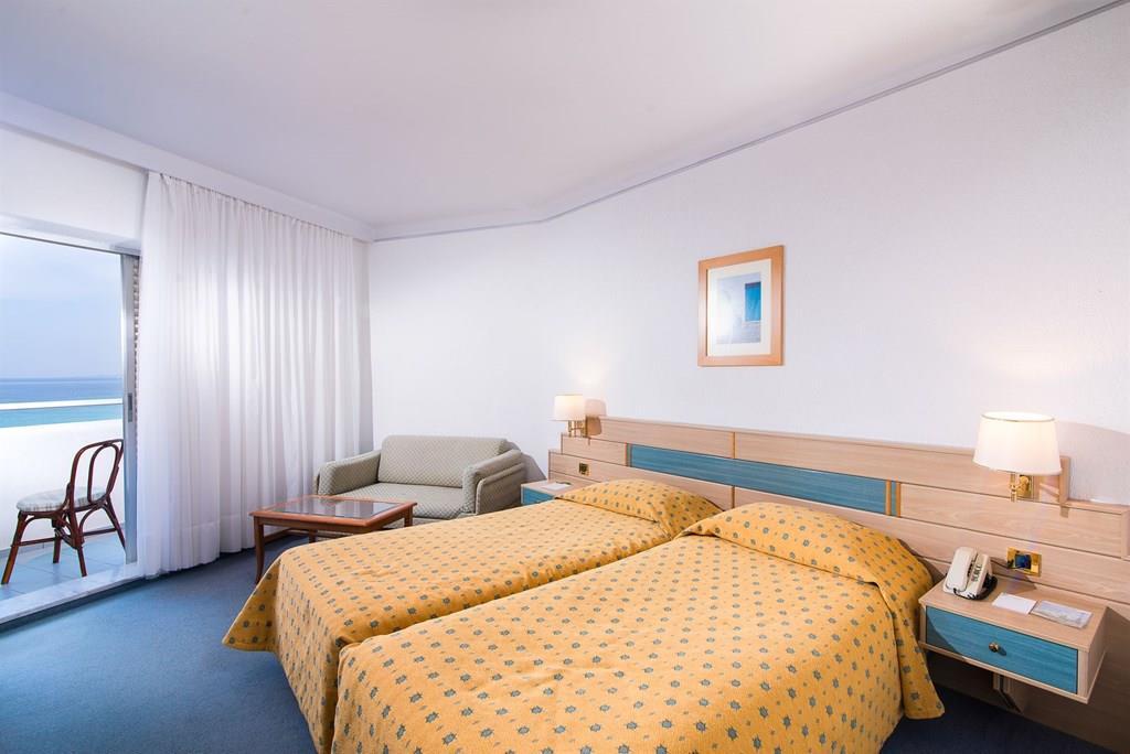 bomo-pallini-beach-hotel-oda-006