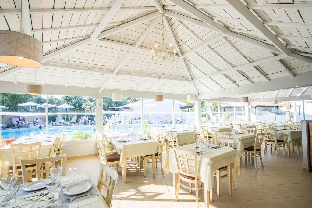 coral-blue-beach-restoran-0017