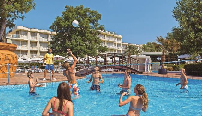 das-club-hotel-sunny-beach-havuz-002