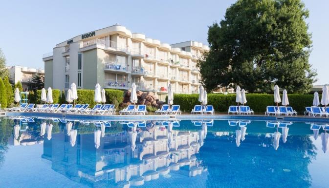 das-club-hotel-sunny-beach-havuz-008
