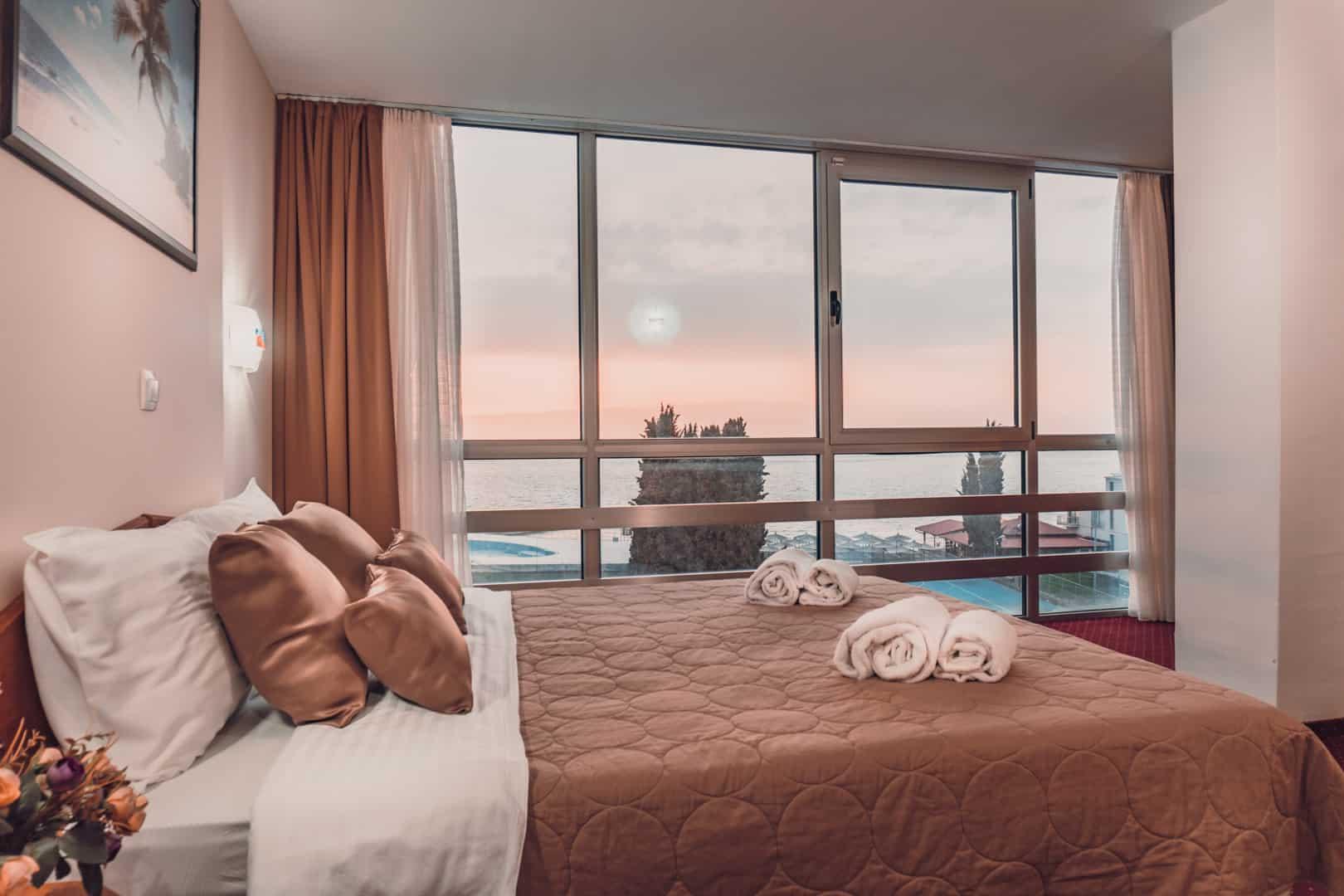 hotel-aqualina-genel-001