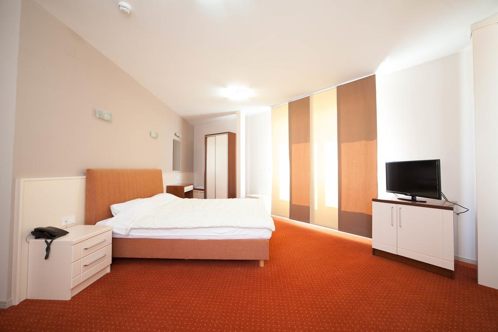 hotel-lebed-genel-002