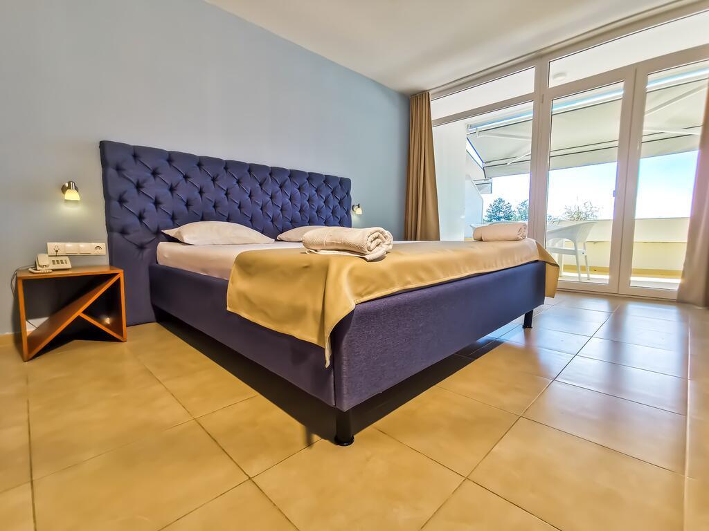 hotel-tino-sveti-stefan-genel-005