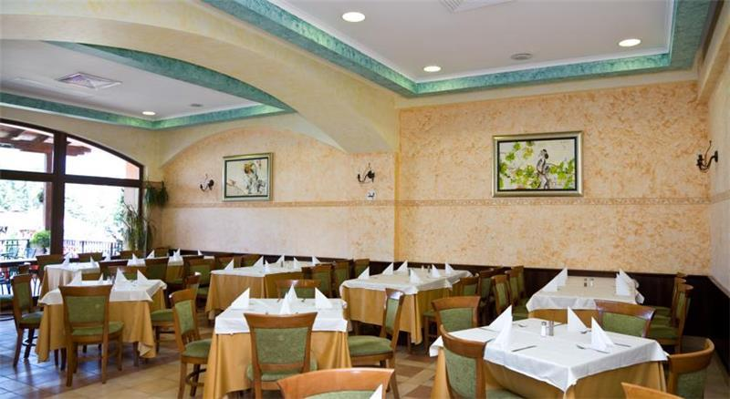 hrizantema-restoran-0016