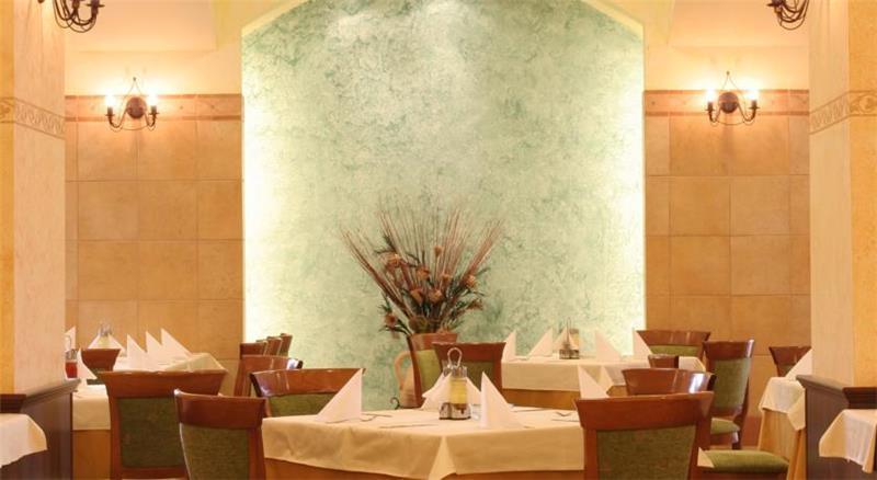 hrizantema-restoran-0019