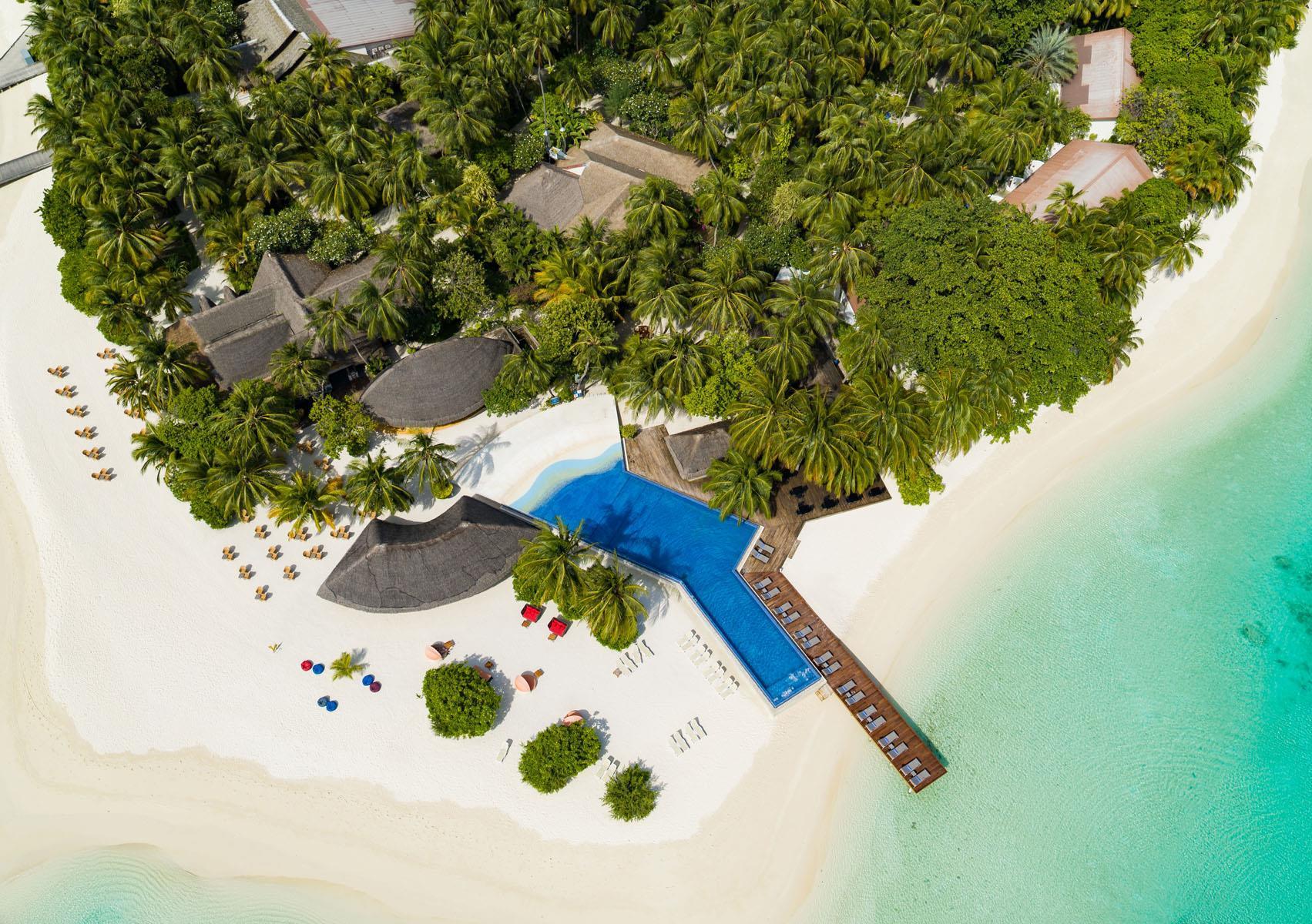 kuramathi-island-maldives-genel-004