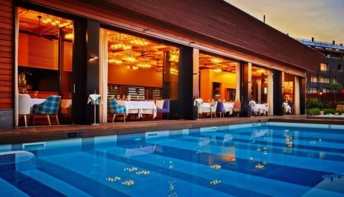 lucky-bansko-spa-relax-aparthotel-havuz-0010