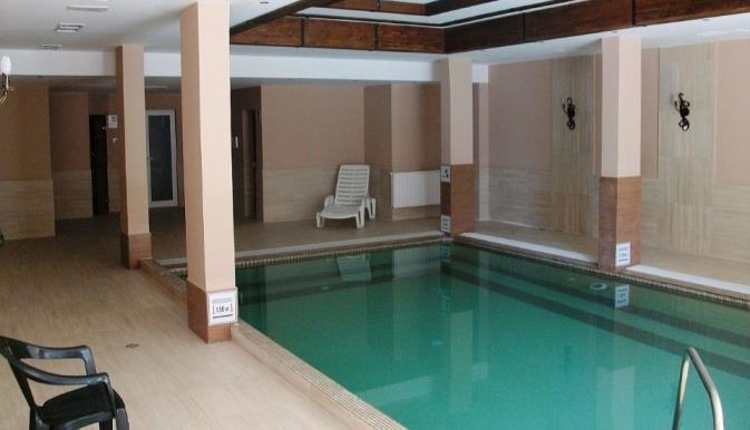 maria-antoaneta-residence-aparthotel-havuz-0010