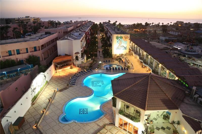 mina-mark-beach-resort-havuz-003