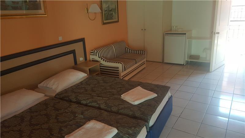 polychrono-beach-hotel-oda-0011