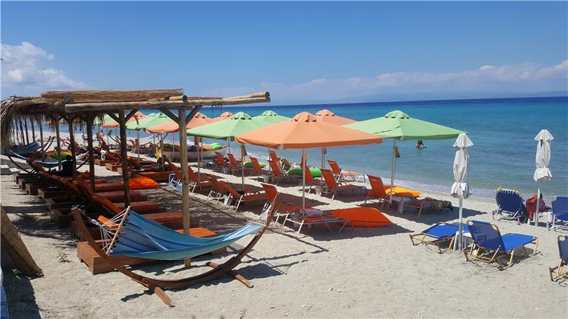 polychrono-beach-hotel-plaj-0019
