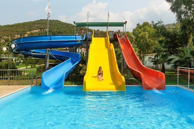 richmond-ephesus-resort-havuz-0013