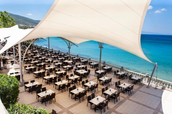 tusan-beach-resort-havuz-0020